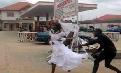 bride-jilts-groom - Copy.jpg