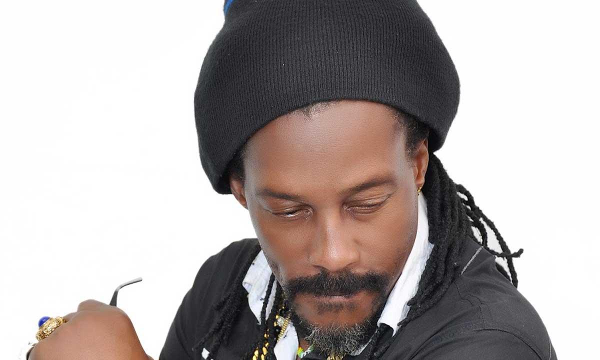 Winning Jah - Living in Fire