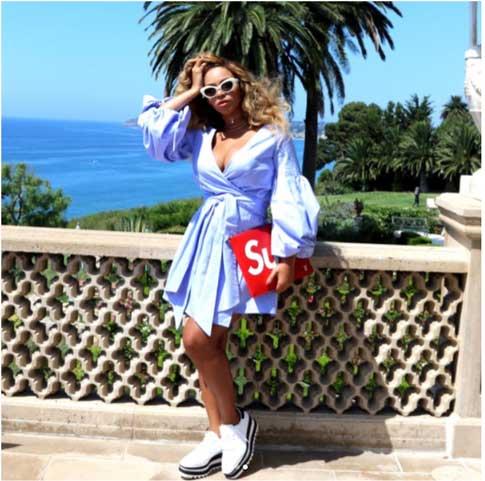 Beyonce-Flaunts-P.jpg