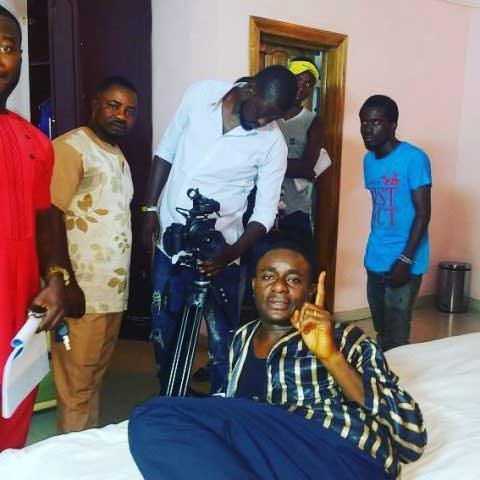 Emeka-Ike-on-set-5-480x480.jpg