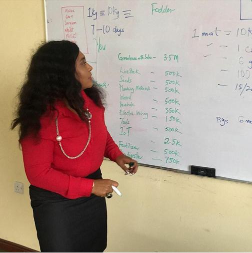 teacher (2).png