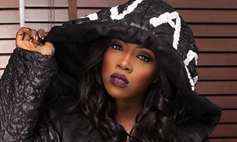 Tiwa Savage In Trouble For Disrespecting Ghanaian Flag